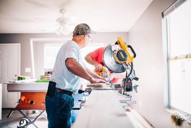 Dreieverktøy er noe en handyman fort får bruk for